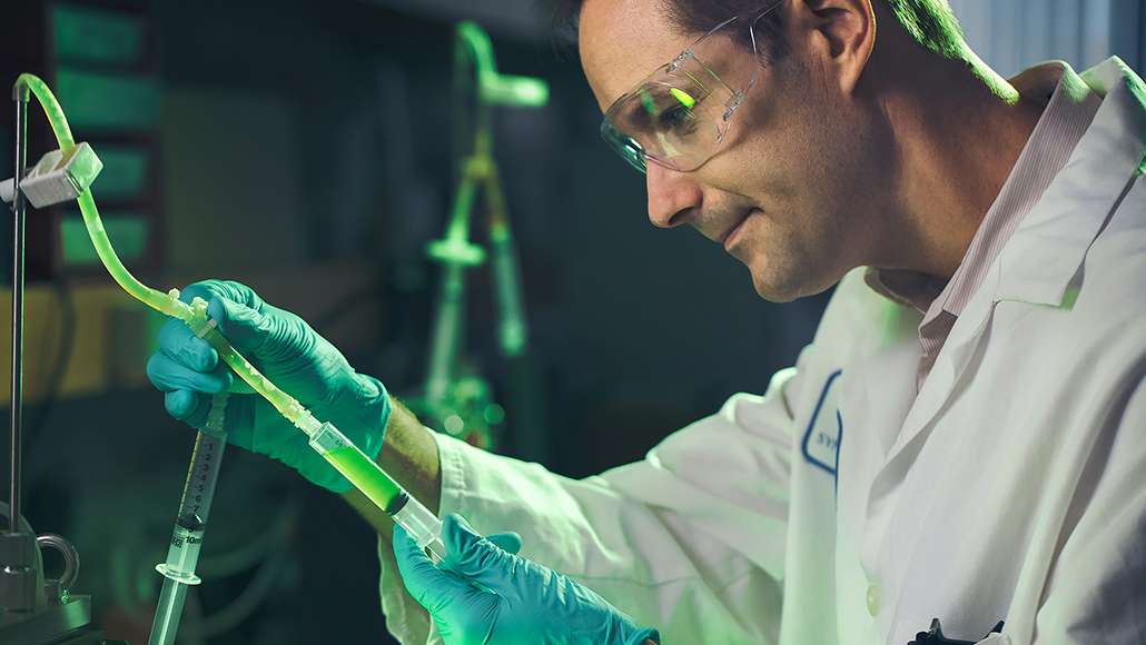 ExxonMobil scientist in lab doing algae research